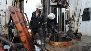 Rig workers operate a self moving pad rig on a multi-well pad at Cenovus's Foster Creek operation near Fort McMurray, Ab. Sept. 1/2010.
