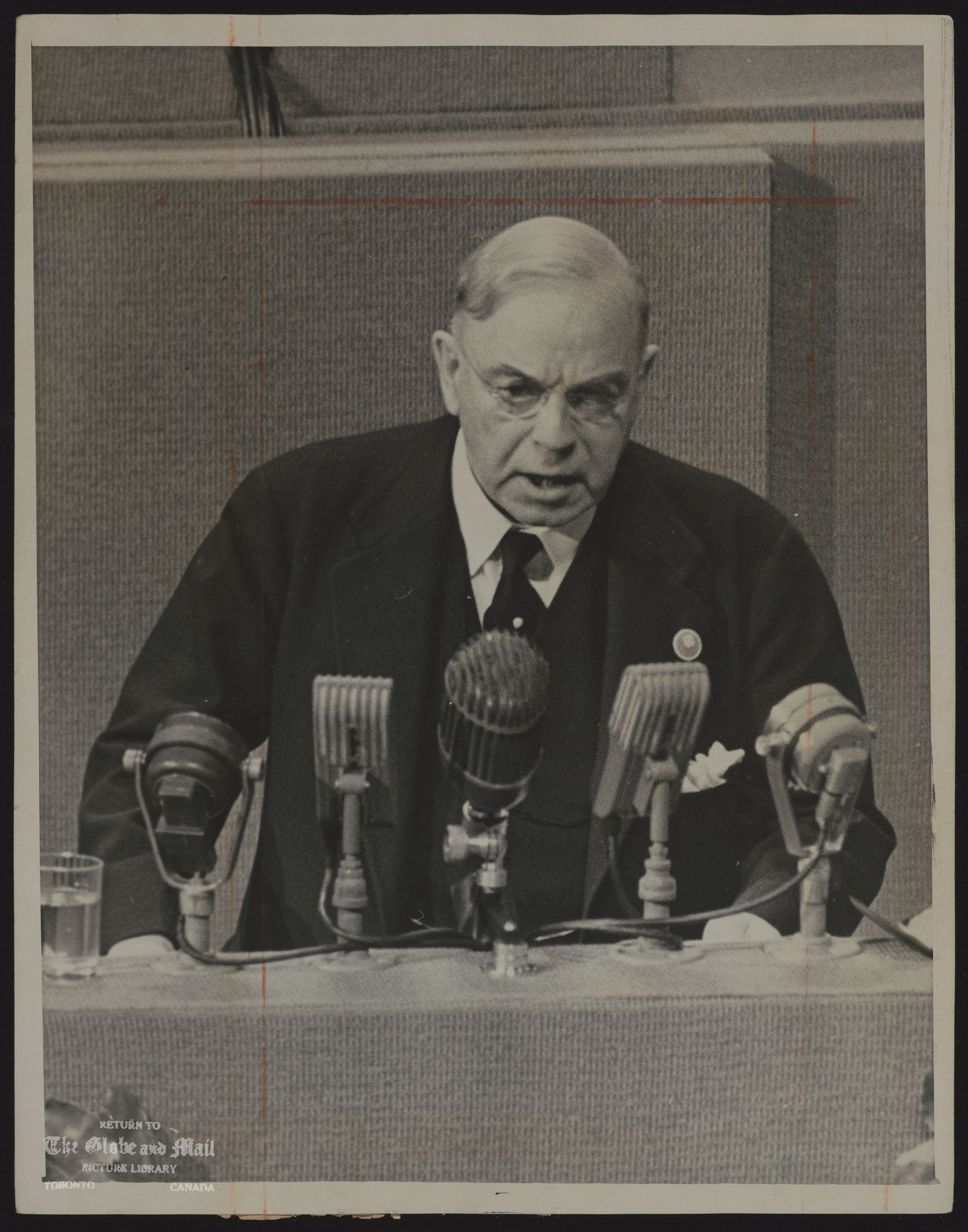 (Rt. Hon) William Lyon Mackenzie KING circa 1940