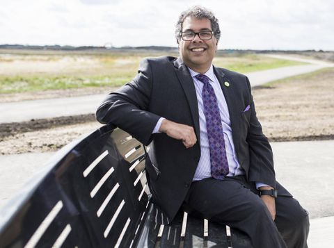 Calgary Mayor Nenshi 'shaken' by racism in debate over refugee crisis