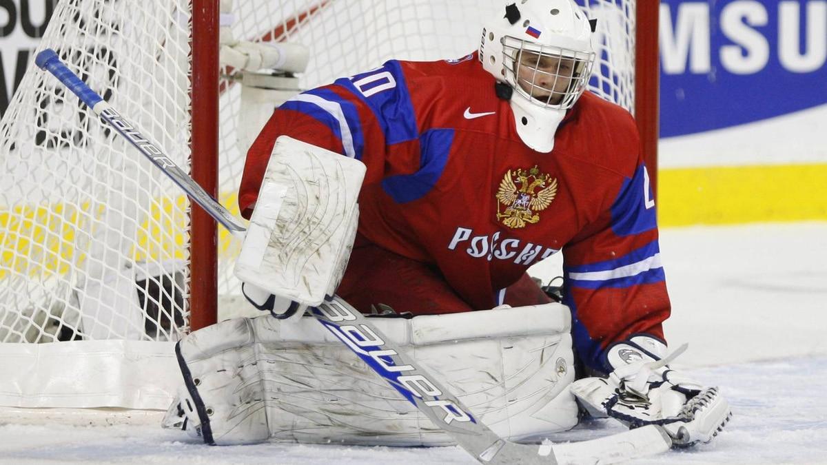 Russian goalie Andrei Makarov kept the game scoreless through the first period.