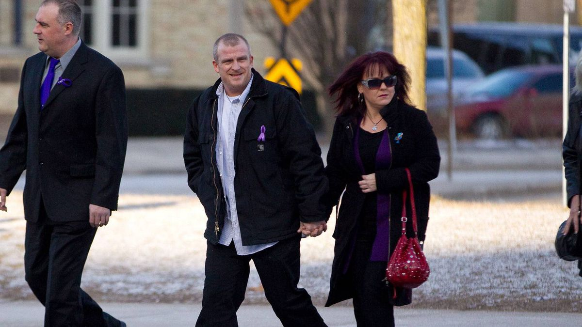 Rodney Stafford, father of slain Tori Stafford, arrives at the courthouse in London, Ontario March 5, 2011 on the first day of the trial for Michael Rafferty.