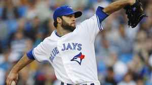 Toronto Blue Jays pitcher Brandon Morrow throws to the Tampa Bay Rays during the first inning of their MLB American League baseball game in Toronto, May 14, 2012. REUTERS/Mark Blinch