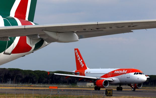Budget airline easyJet pulls out of Alitalia rescue talks, threatening rescue deadline