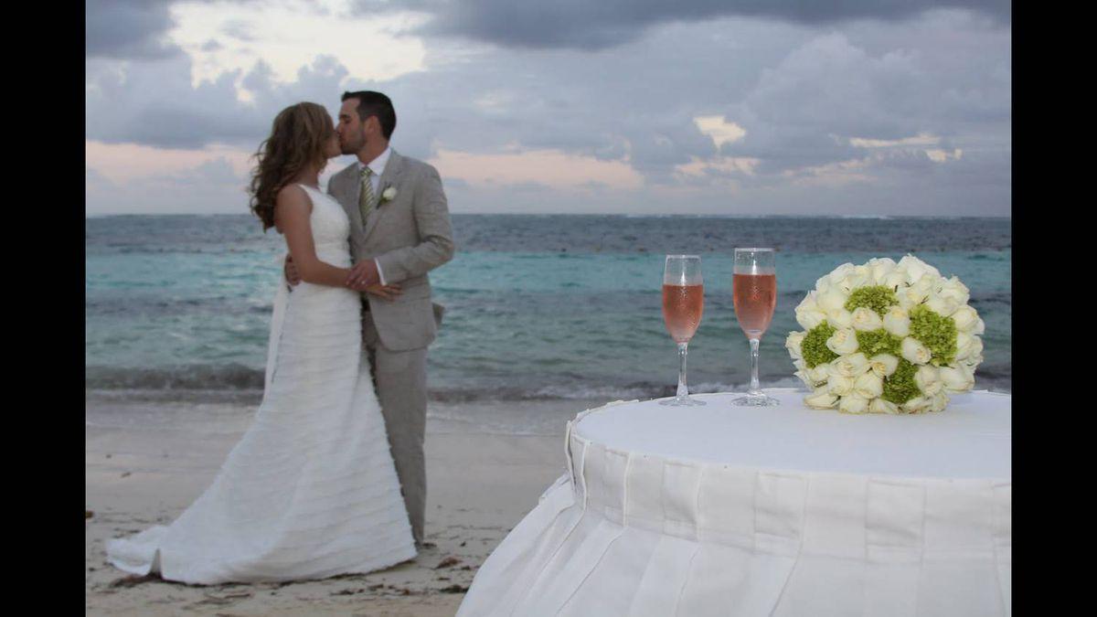 Emily Briffett photo: Our wedding: Mayan Riviera, Mexico - November 25, 2010