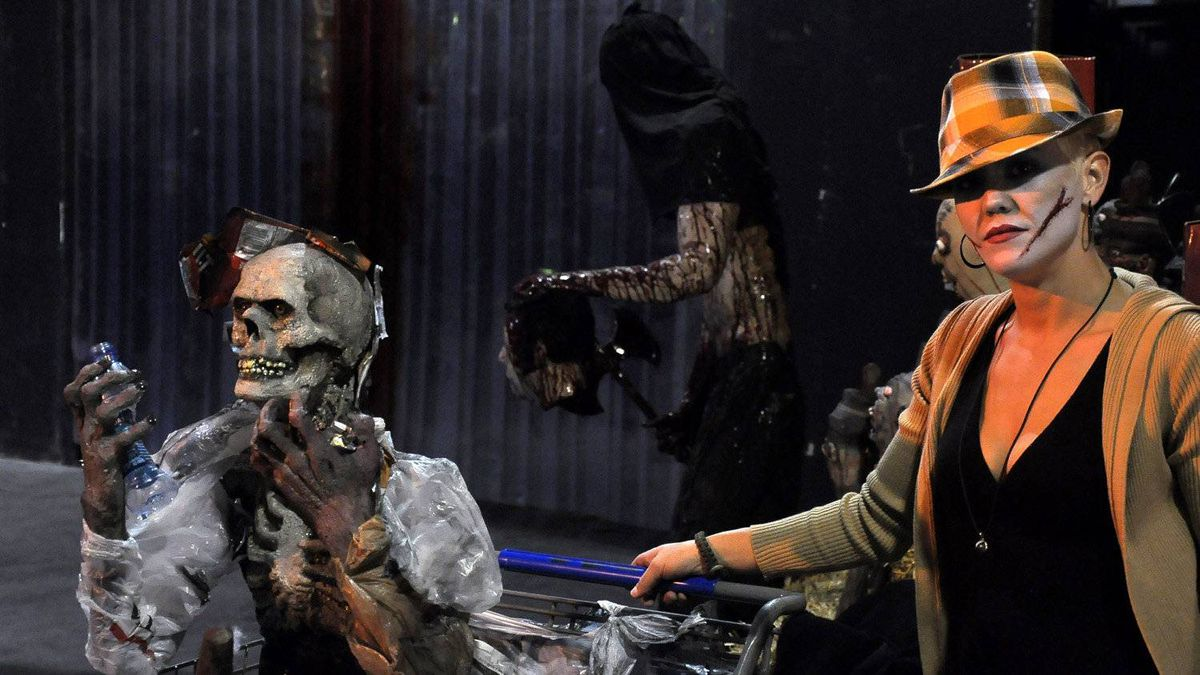 Screemers hires about 100 employees who act as skeletons, monsters, ghouls, werewolves and other frightful figures, general manager Andrew Gidaro says. It finds employees through the recruitment page on its website. Some of the actors have been creating fear for Screemers for more than 10 years.