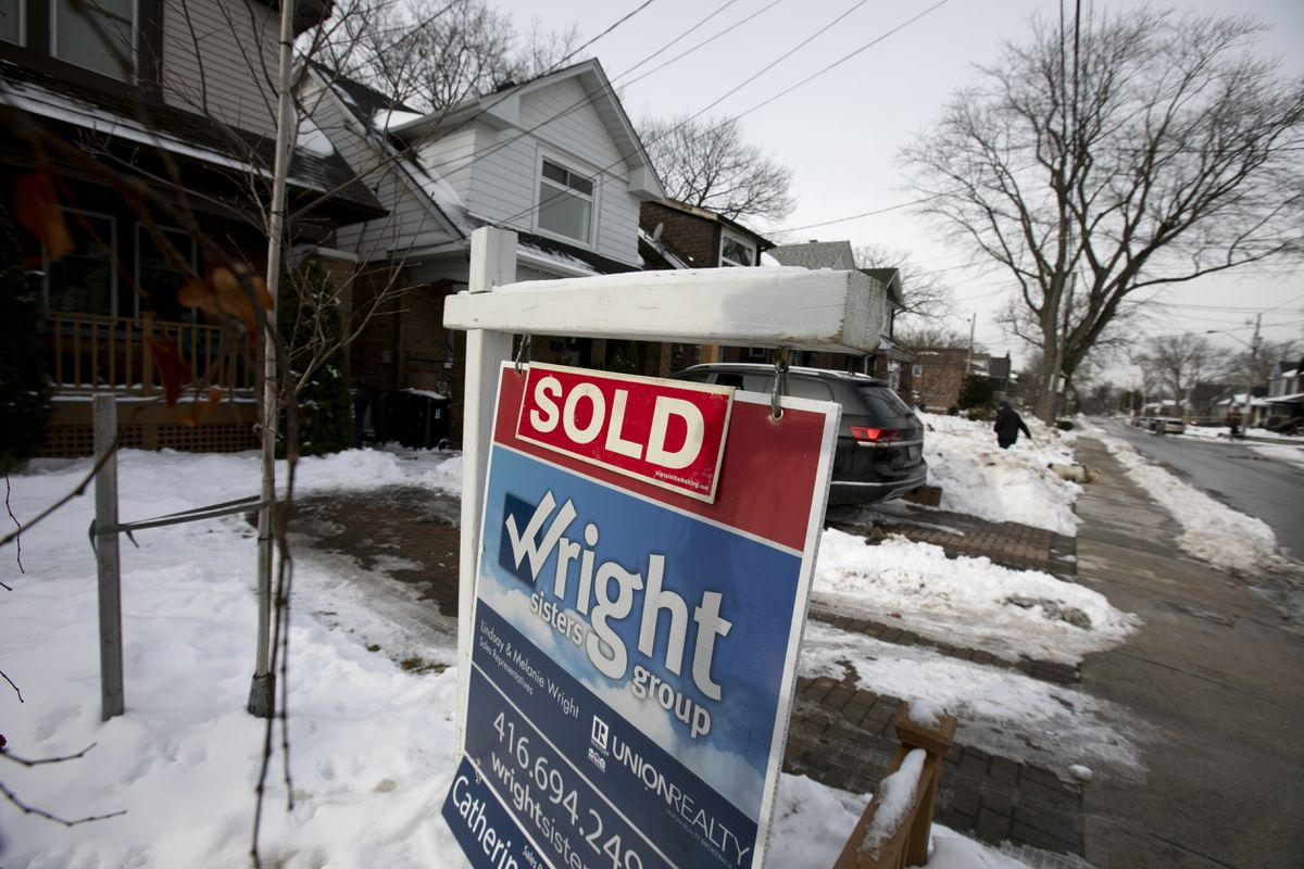 Toronto area real estate is 'back to full-on madness'