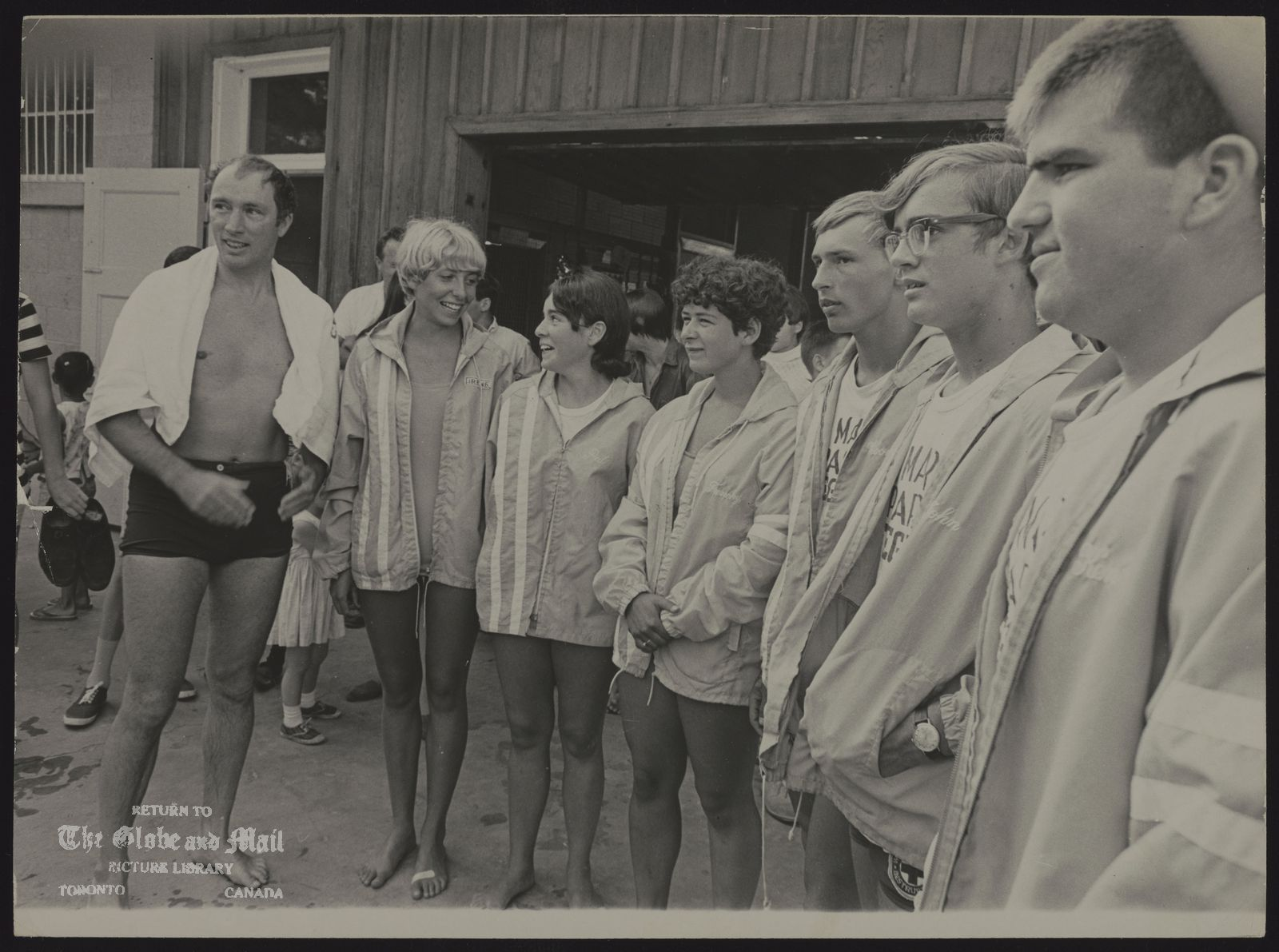 Pierre Elliott TRUDEAU Quebec. Politician (misc) Prime Minister Trudeau in bathing suit at left at Stratford