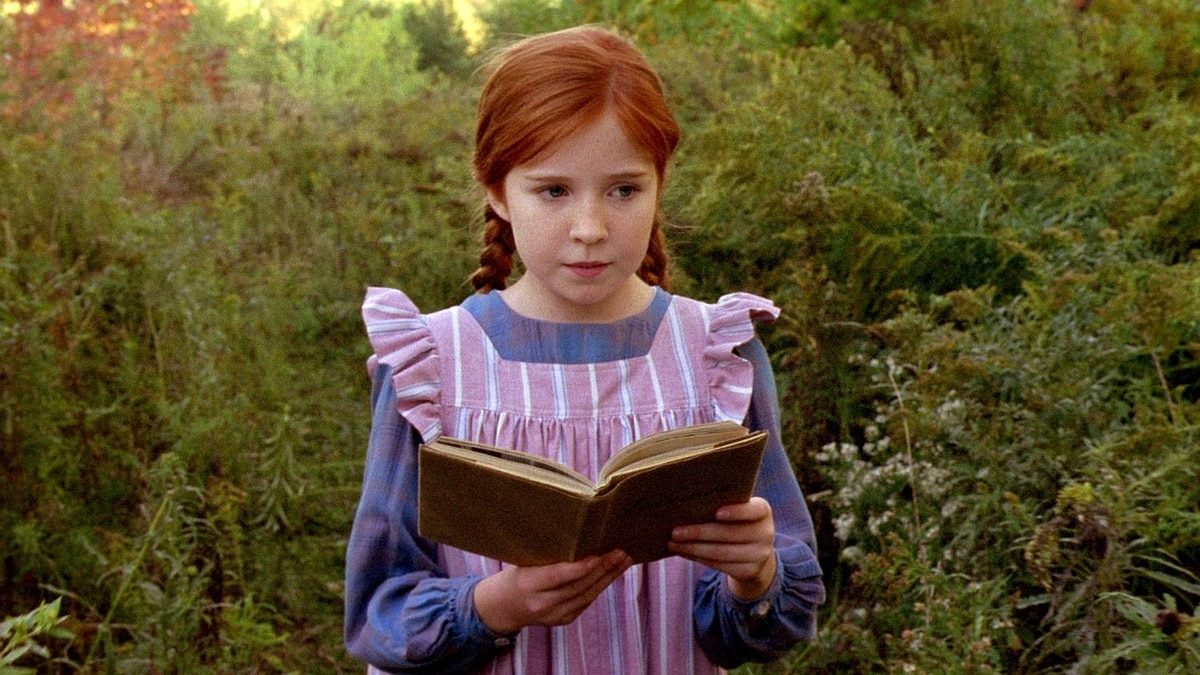 Actor Hannah Endicott-Douglas as Anne Shirley in CTV's 2008 production of Anne of Green Gables: A New Beginning