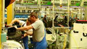 Workers at Ludwigsfelde Daimler-Mercedes plant.