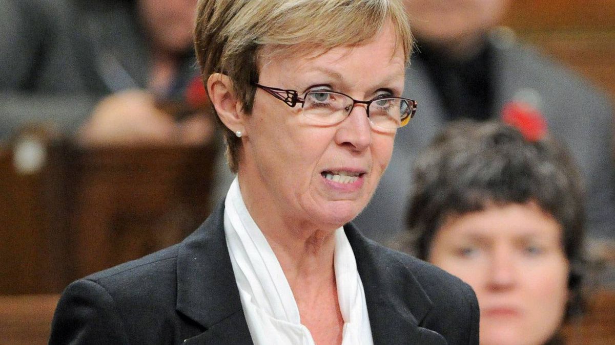 Interim NDP Leader Nycole Turmel speaks during Question Period in the House Commons on Nov. 1, 2011.