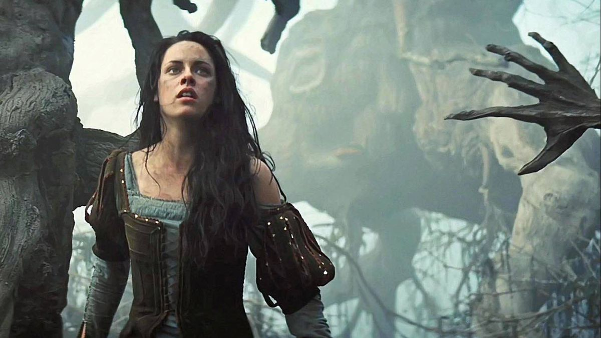 Kristen Stewart in Snow White and the Huntsman.