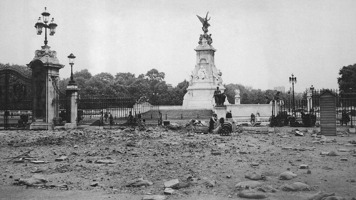 Buckingham Palace was hit with five German bombs on Friday, Sept. 13, 1940. King George VI and Queen Elizabeth were inside at the time (enjoying tea) but escaped unharmed. One of four injured workers later died. Source: westendatwar.org.uk