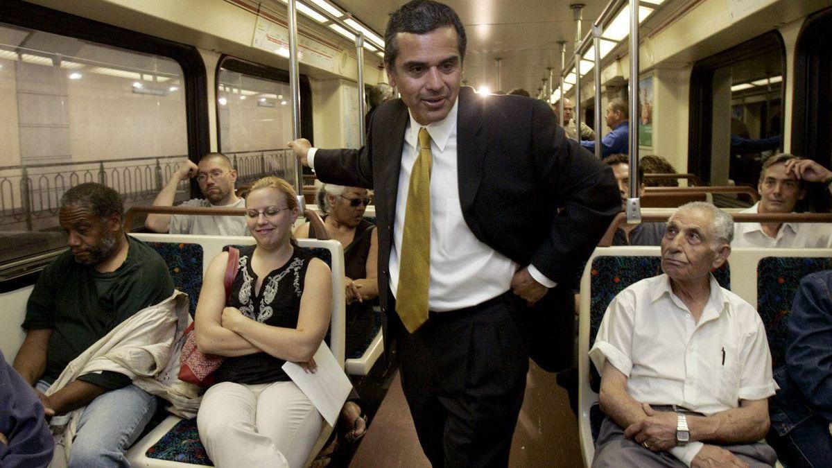 Los Angeles Mayor Antonio Villaraigosa talks to subway riders, July 7, 2005, in Los Angeles.