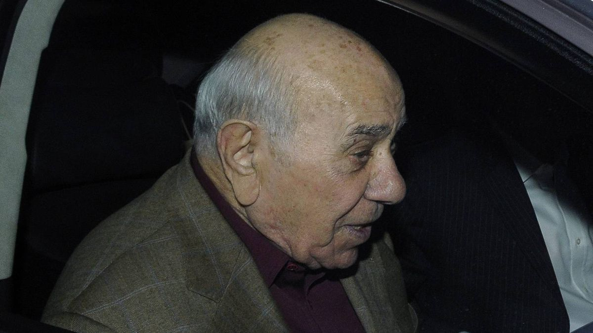 "Nic Rizzuto: The head of the Montreal organized crime family until his assassination this week. The Rizzuto family is reported to have extorted millions from construction companies. The so-called ""fabulous 14,"" Quebec's largest construction firms, were reported to be paying 5 per cent of all construction contracts – the equivalent of about $500,000 a month – to the family in return for control over the awarding of building projects, including government contracts."