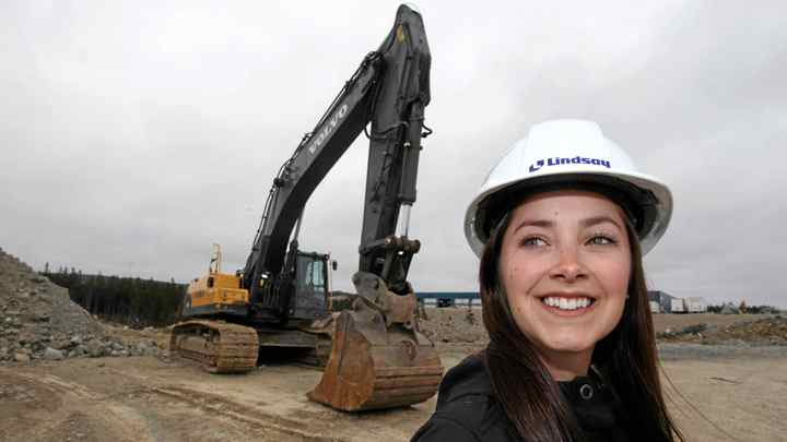 New Engineer graduate, Jessica Mandville, will start work with Lindsay Construction on May 9.