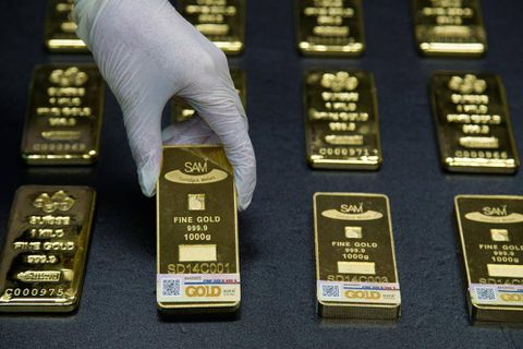 Top gold forecaster sees Fed doling out more pain