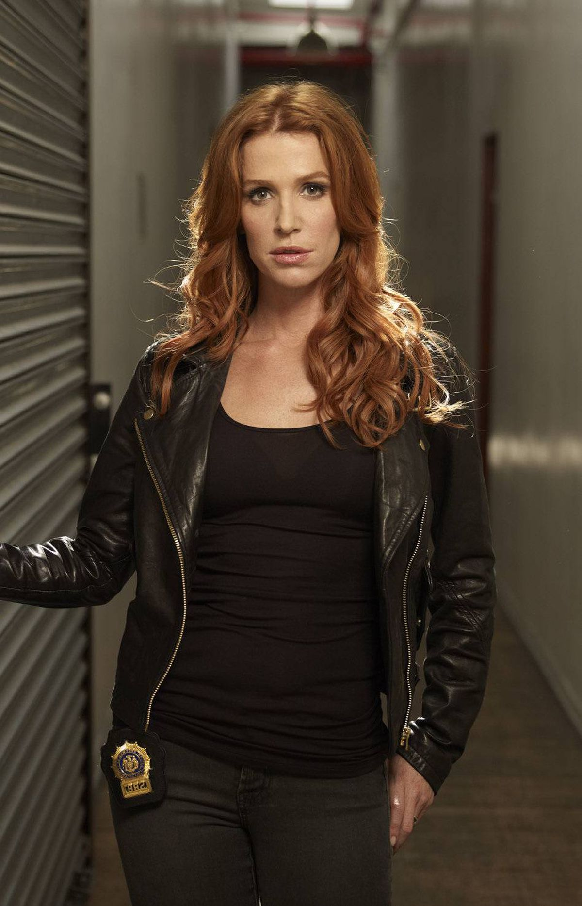 DRAMA Unforgettable CBS, CTV, 10 p.m. Having a remarkable memory can be both a curse and a blessing. Launching tonight, this new series stars former Without a Trace regular Poppy Montgomery as New York police detective Carrie Wells, who is afflicted with the extremely rare affliction known as hyperthymesia. The condition allows Carrie to remember details of every single thing she sees or hears. The bad news is that she can never forget it. In tonight's pilot, a brutal murder case reunites Carrie with her former police unit – and with her detective ex-boyfriend (Dylan Walsh).