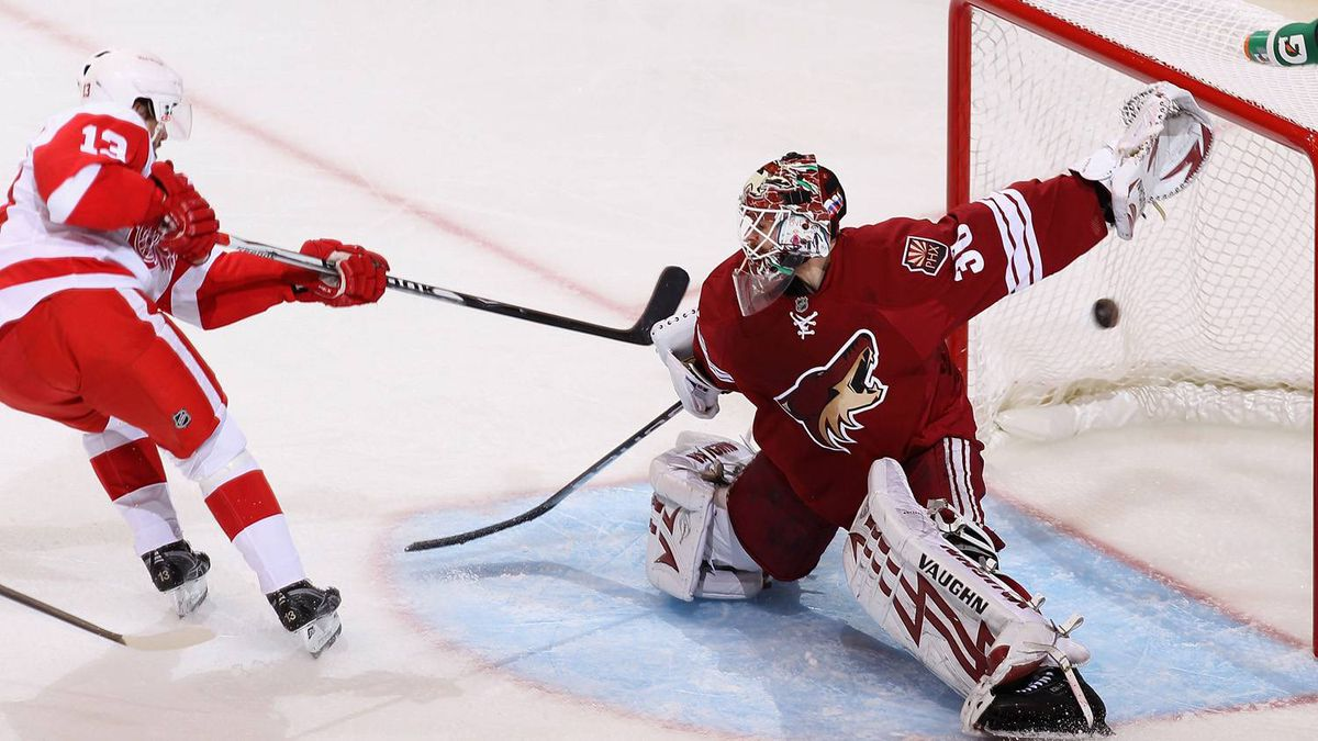 Goaltender Ilya Bryzgalov of the Phoenix Coyotes in action against the Detroit Red Wings.