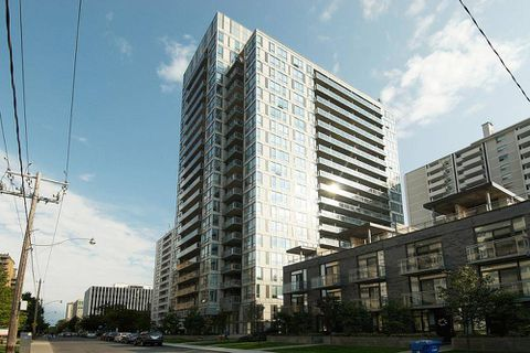 Small Toronto condo sells on luxury credentials