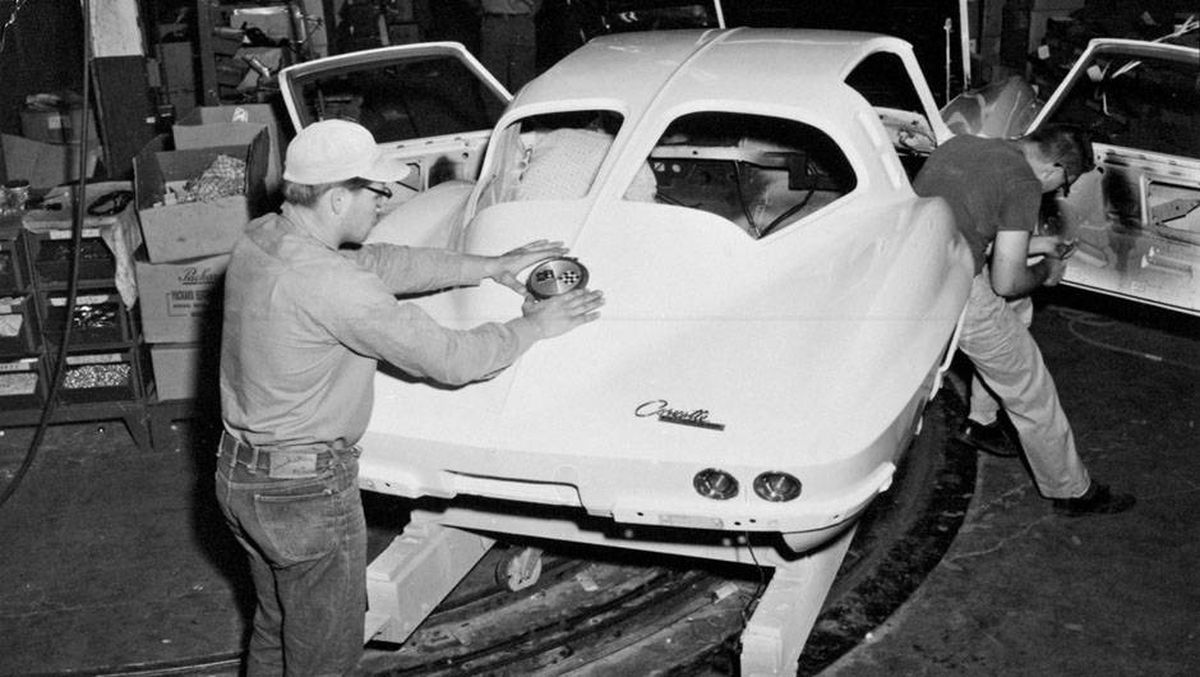 In Pictures Corvette Through The Years The Globe And Mail