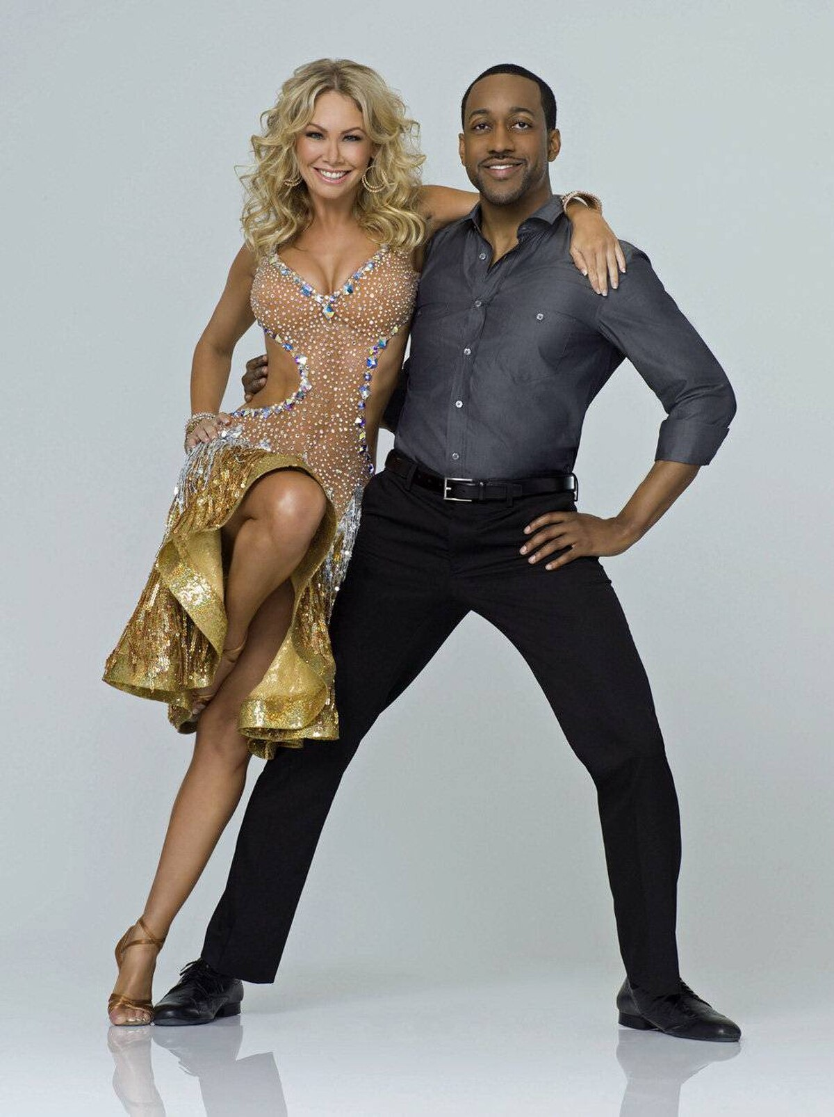 """REALITY Dancing with the Stars ABC, CTV Two, 8 p.m. ET; 5 p.m. PT Dance fever dominates primetime television for the next three months. Launching its 14th season tonight, the reality dance competition returns virtually unchanged from previous editions. Tom Bergeron is still host and the judging panel is still comprised of Carrie Ann Inaba, Len Goodman and Bruno Tonioli. The only variable, of course, being the celebrity contestants and the new season delivers a pretty random group of B-listers. Among the dozen star-hoofers set to trip the light fantastic: singer Gavin DeGraw, NFL star Donald Driver, actress Melissa Gilbert, mezzo soprano Katherine Jenkins, soul singer Gladys Knight, tennis champ Martina Navratilova and talk host Sherri Shepherd. The underdog: Jaleel White, whom viewers over 40 will recall as """"Urkel"""" on Family Matters. Got any cheese?"""