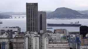 Brazil's central bank expects interest rates to fall, despite low unemployment.