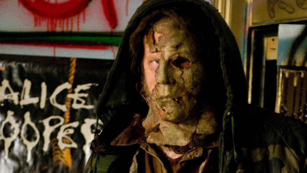 Tyler Mane as Michael Myers in Rob Zombie's H2.