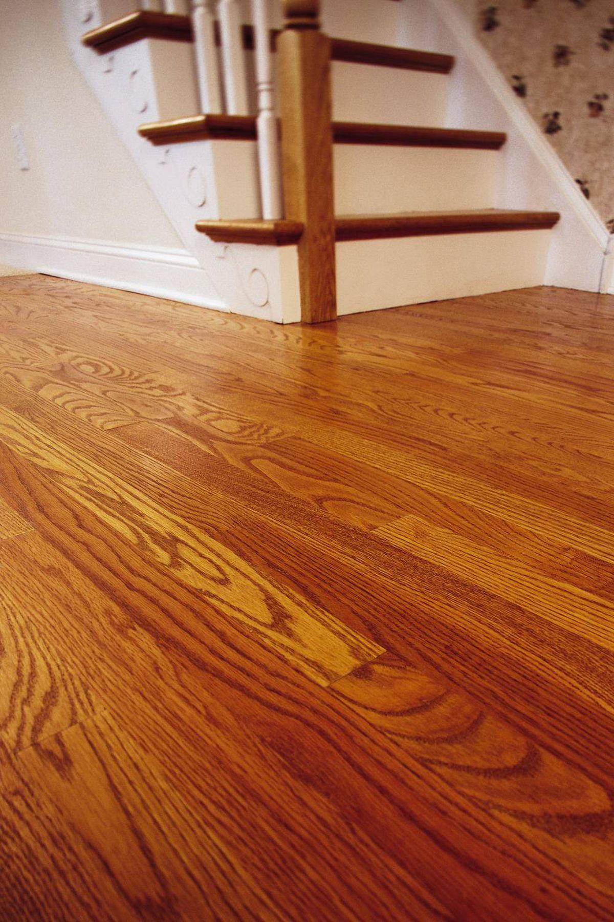 Can I Stop My Hardwood Floors From Creaking The Globe