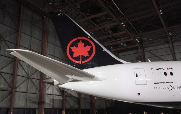 Air Canada lags peers in fee revenue, but Aeroplan acquisition set to provide a boost