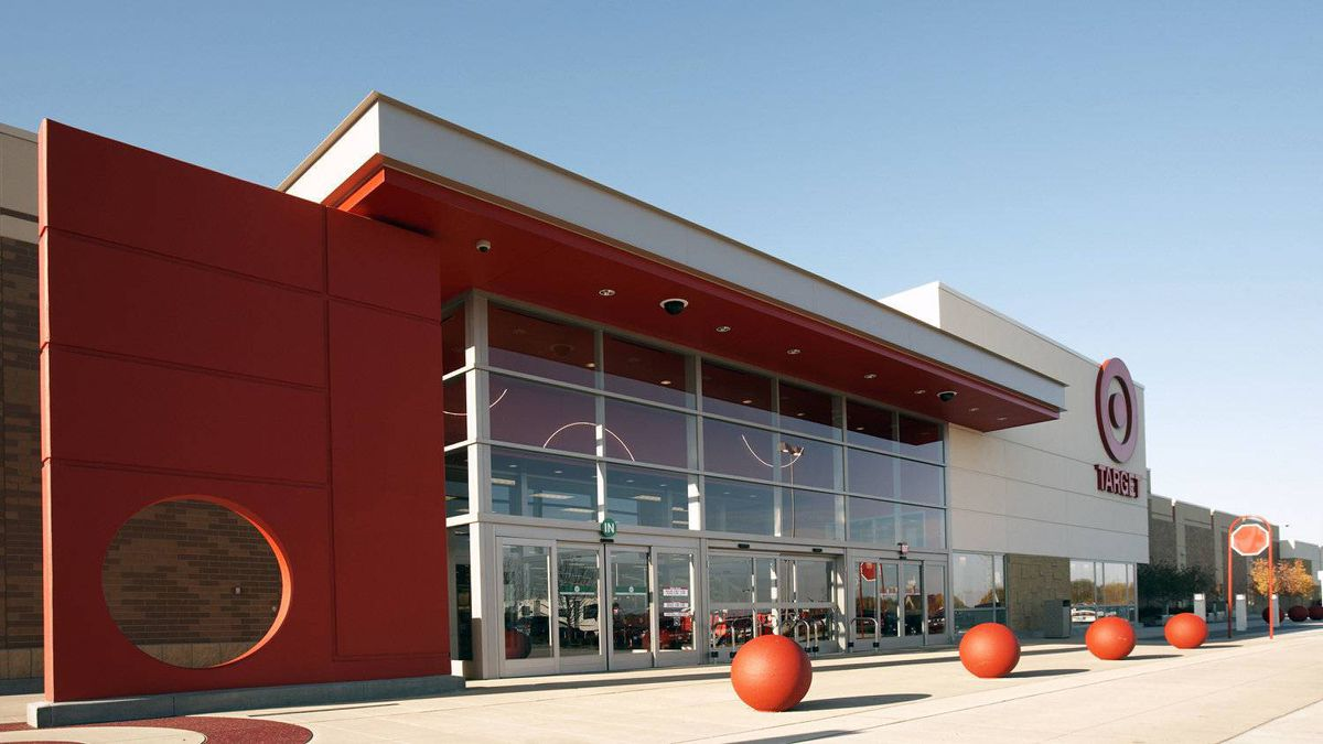 Target Corp. is taking over Zellers stores in Canada and will open its own discount outlets by early 2013.