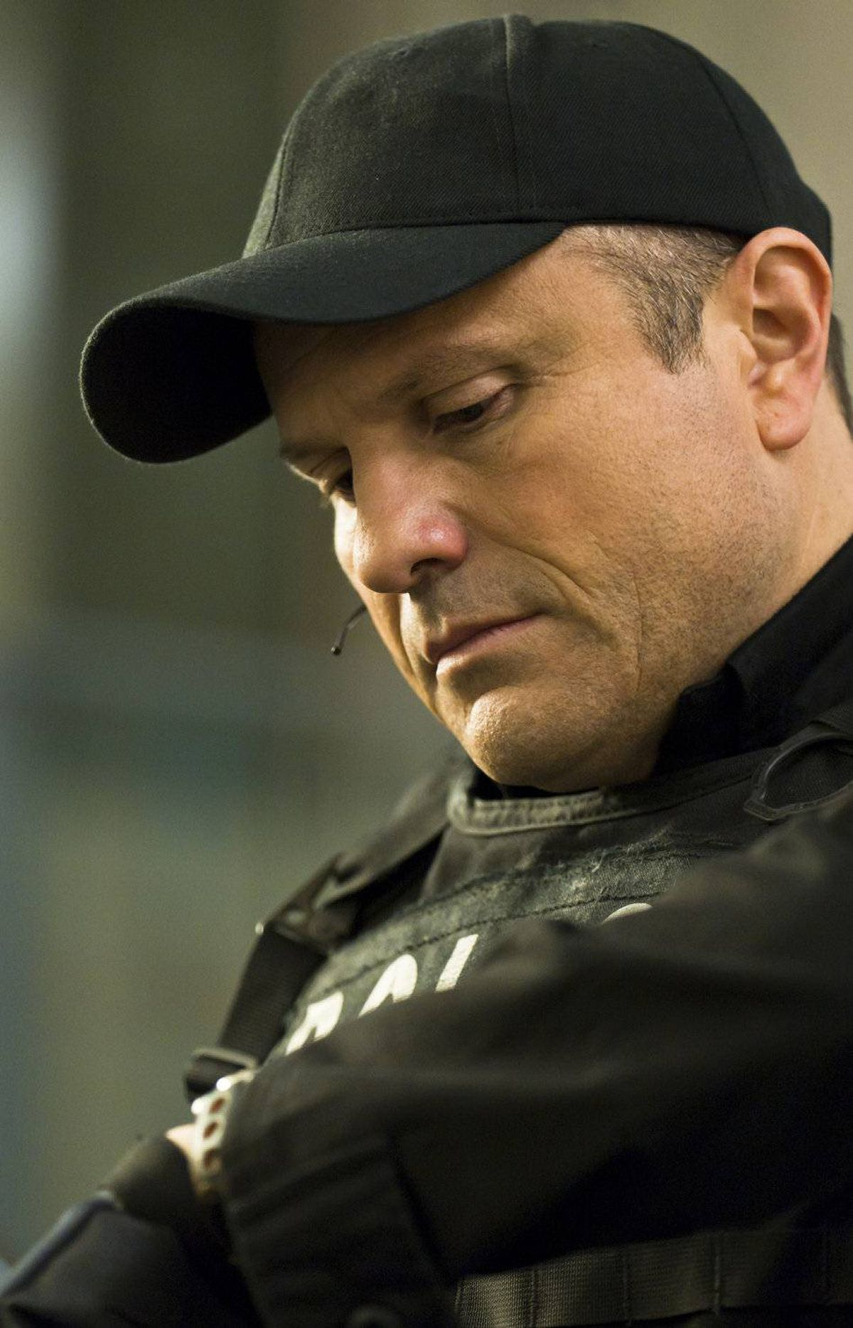 DRAMA Flashpoint CTV, CBS, 8 p.m. Back for a fourth season tonight with all-new episodes, Canada's favourite cop show returns with a nailbiter. At the same time that Strategic Response Unit member Ed Lane is being rushed to the hospital after being shot by a drug dealer's gunman, Ed's wife is experiencing difficulties in delivering their baby. Acting veteran Victor Garber reprises his role of Dr. Toth, a psychologist determined to disband the SRU's Team One.