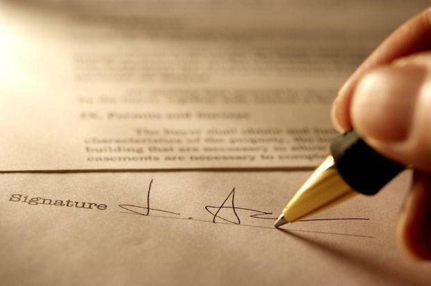 Can My Employer Force Me To Sign A Non Compete Clause The Globe