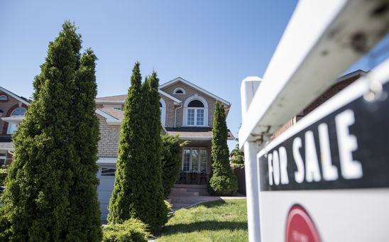 Amid rising inflation, should mortgage shoppers go fixed or variable? Maybe they don't have to choose