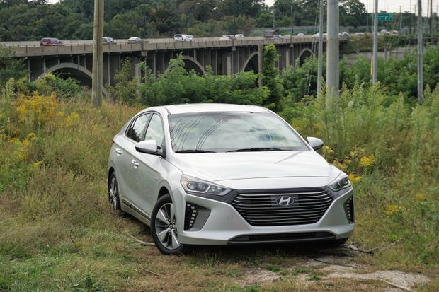 A Week With Hyundai Ioniq Puts Its Electrical Range To The Test