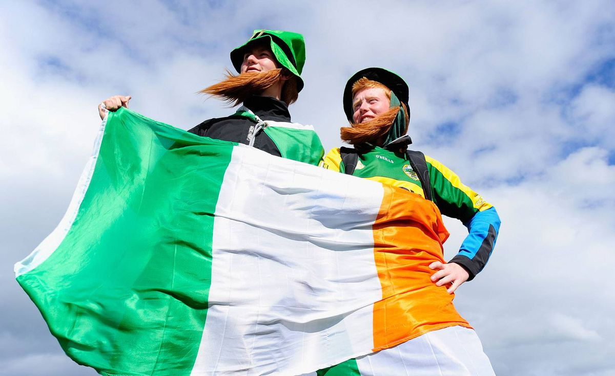 Irish golf fans show their support for their countrymen at St. Andrews