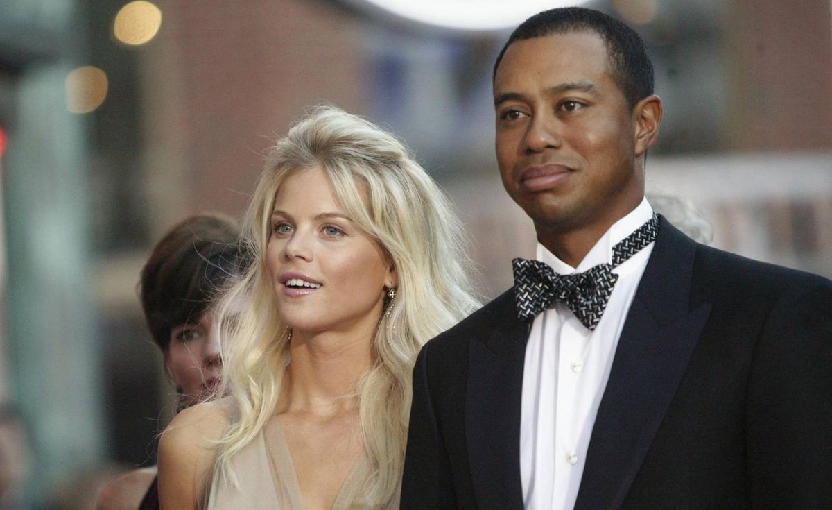Tiger Woods arrives with fiancee Elin Nordegren at the Ryder Cup gala dinner on Sept. 15, 2004, at the Fox Theater in Detroit.