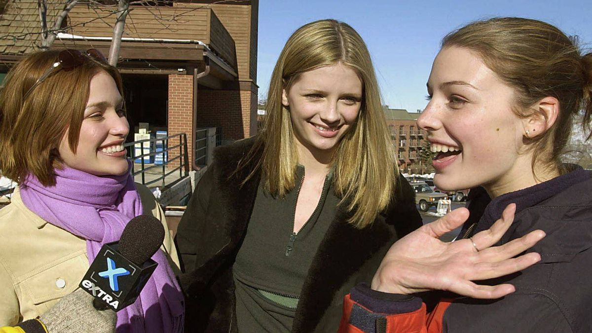 """Actresses Piper Perabo, left, Mischa Barton and Jessica Pare, right, talk about their film """"Lost and Delirious"""" at the Sundance Film Festival Saturday, Jan. 20, 2001, in Park City, Utah."""