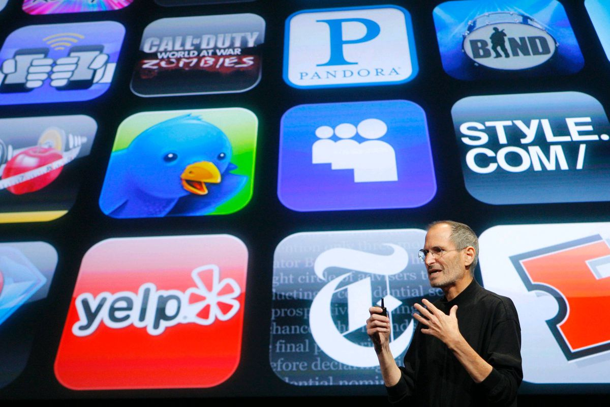July 11, 2008 - iPhone 3G goes on sale with a new App Store, which features 500 apps available for download. April 24, 2009 - 1 billionth App Store download recorded, nine months after it opens. November 4, 2009 - Over 100,000 iPhone apps now available. March 5, 2012 - App Store downloads top 25 billion. Today, more than 650,000 apps in the store.