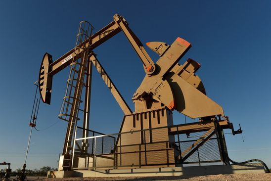 Brent crude set for weekly gain on threat of supply disruptions in Middle East