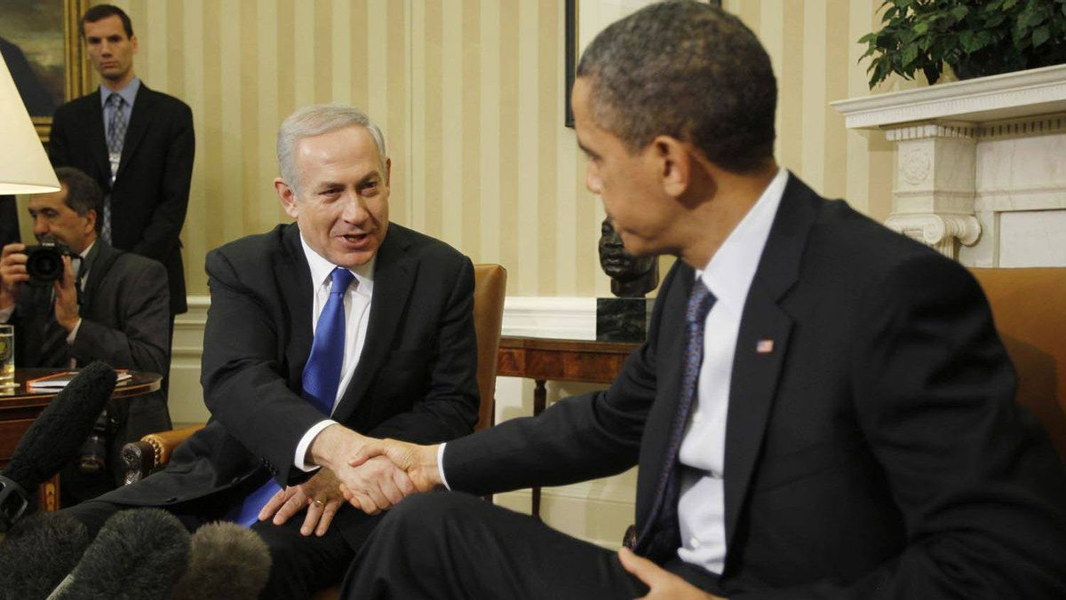 Israel's Prime Minister Benjamin Netanyahu, left, shakes hands with U.S. President Barack Obama during their meeting in the Oval Office of the White House in Washington on March 5, 2012.