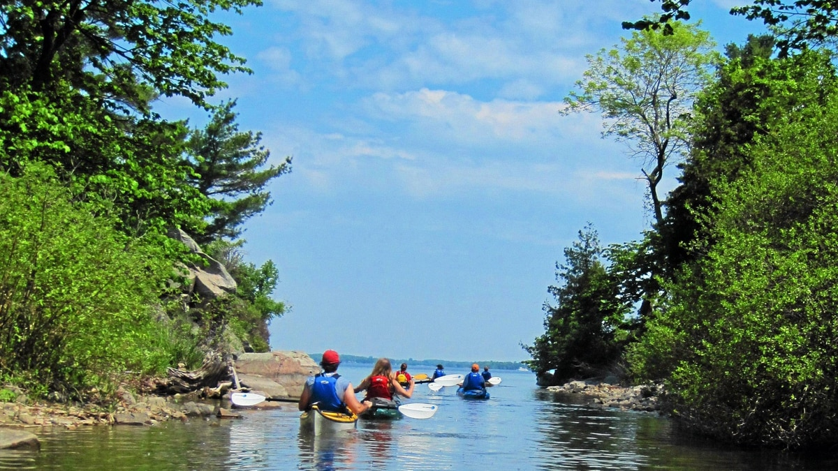 Kayaking in the Thousand Islands, St. Lawrence Islands National Park.