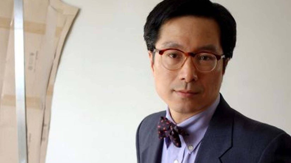 JJ Lee is the menswear columnist for the Vancouver Sun and broadcasts a weekly fashion column for CBC Radio in Vancouver.