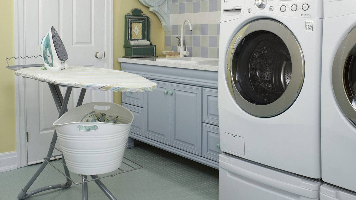 Sarah Richardson. Laundry design.