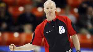 tario skip Glenn Howard celebrates his win over Northern Ontario during their playoff game at the Brier curling championships in Halifax, Nova Scotia, March 12, 2010. REUTERS/Shaun Best