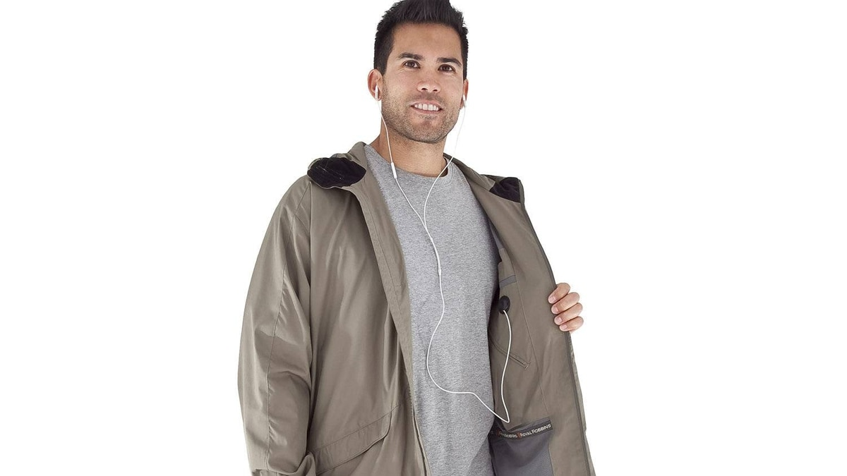 Repel rain and rays Tackle rain or sun with the lightweight Windjammer Travel Jacket by Royal Robbins. It repels water and has a UPF 50+ rating to guard against harmful rays. Internal zippered pockets are handy for toting maps and mobile phones. $46.75; royalrobbins.com