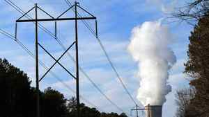 Steam rises from the cooling tower of Progress Energy Inc.'s Shearon Harris nuclear plant in New Hill, North Carolina, U.S., on Sunday, Jan. 9, 2011.