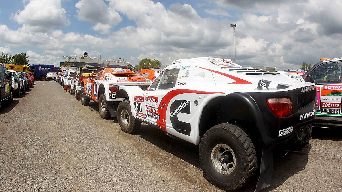 Vehicles participating in the Dakar 2012 Rally