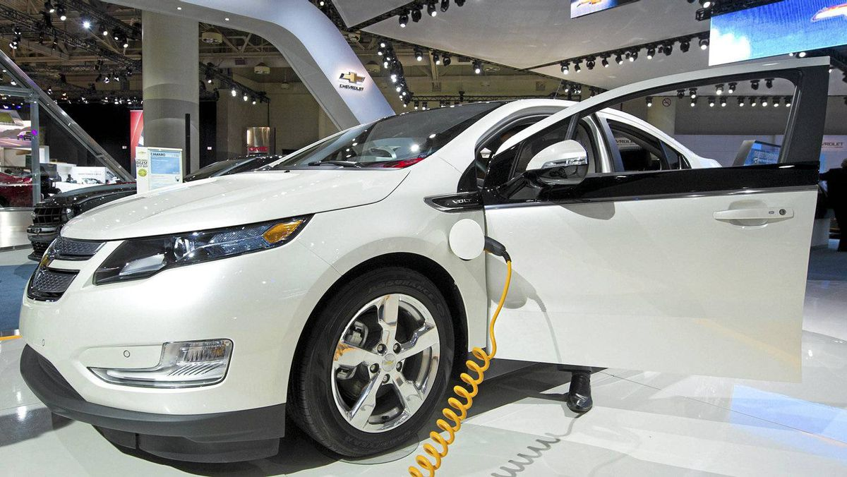 The 2012 Chevrolet Volt won an award for best new technology at the Canadian International Auto Show in Toronto in February.
