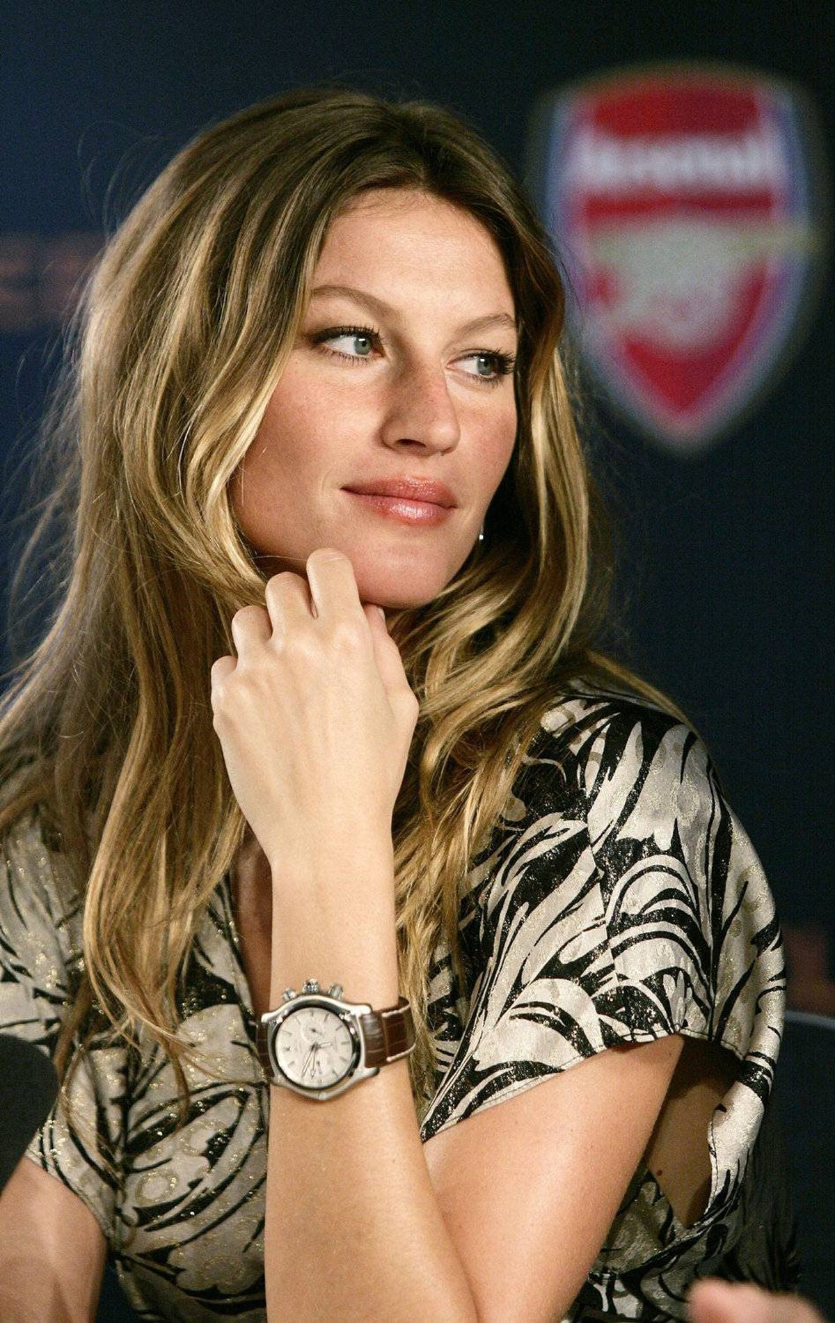GISELE BUNDCHEN 'Giving birth was the most intense and life-changing experience of my life. ... I was so present to witness the biggest miracle in my life happen before my very own eyes. To give life to another being – what a gift!' Source: Hollyscoop