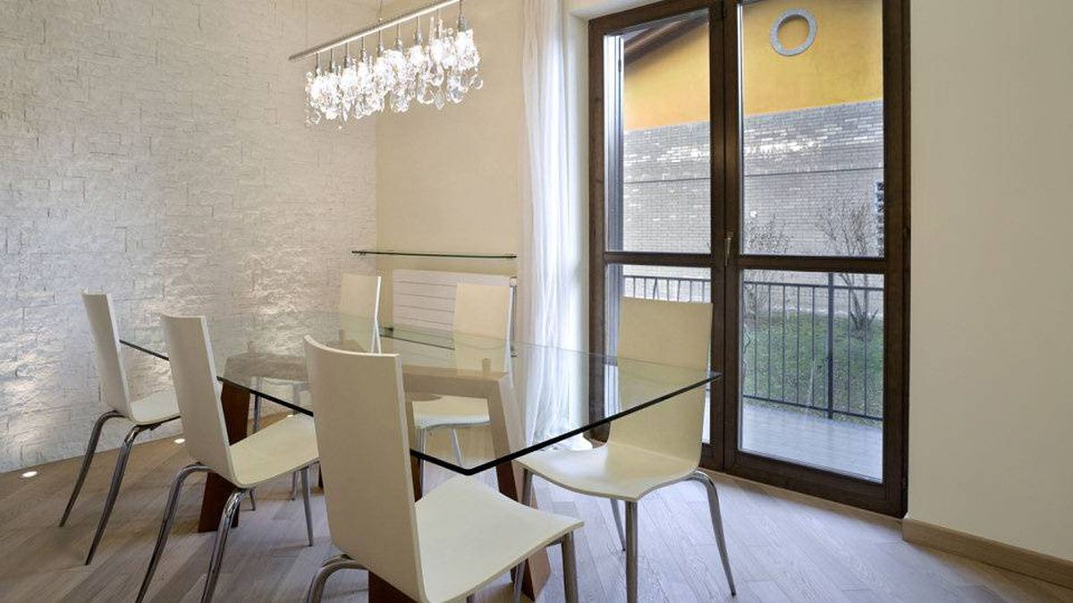 White dining rooms can be nuanced and dynamic.